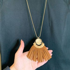 Midriff length necklace - will not tangle easily